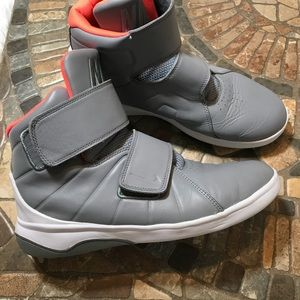 Nike Marxman (GS) Basketball Shoe Stealth/Hot Lava